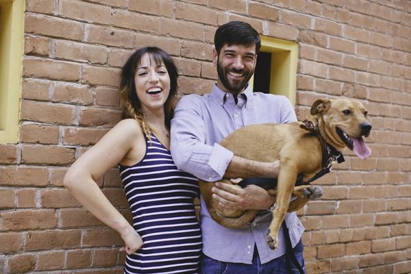 engagement session with pitbull lab mix, three legged dog
