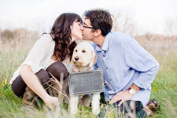 © Leo Timoshuk Photography, Save-the-date-with-mini-Labradoodle,
