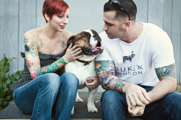 English-Bulldog-and-family, CT-dog-photographer