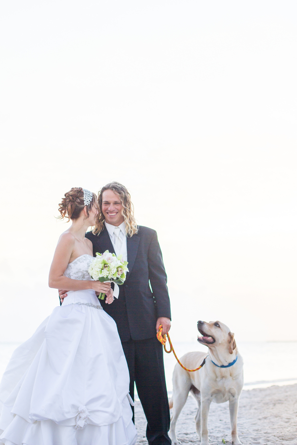 © Filda Konec Photography, bride-groom-and-dog