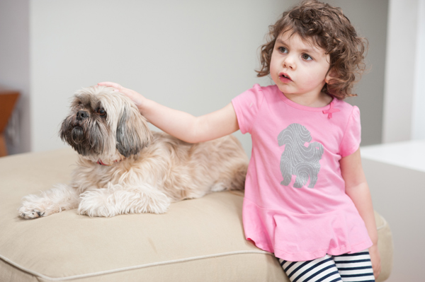 © Alice G Patterson Photography | Daily Dog Tag | DIY-Dog-pink-t-shirt-for toddler
