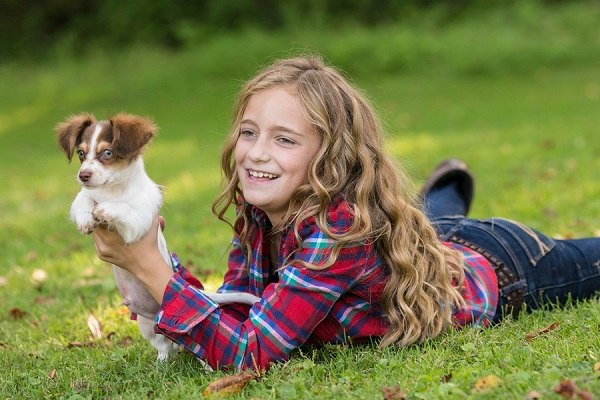 © Paw Prints- Pet Portraits by Charlene | Girl and her puppy, lifestyle photography
