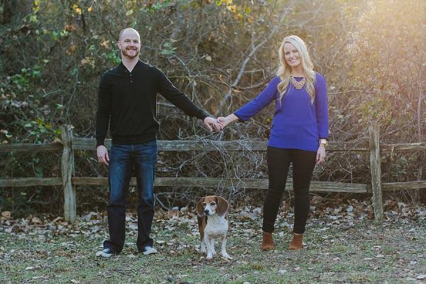 © Robyn Icks Photography | dog-lifestyle-portraits, lifestyle family photos of dog and humans