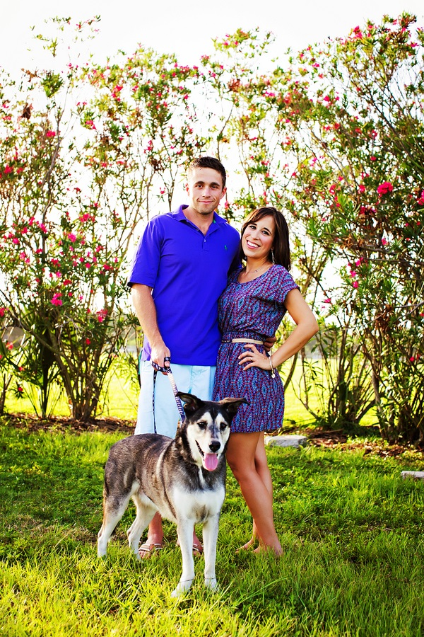 © Limelight Photography | engagement-session-with-Husky-mix, lifestyle-family-pet-photos, engagement photos with Husky mix