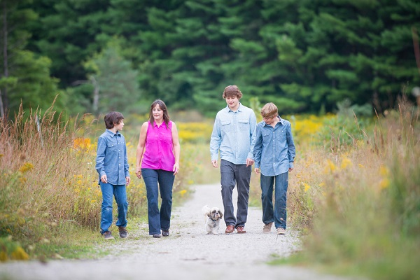 © Melissa Avey Photography |on-location, lifestyle-pet-family-photography
