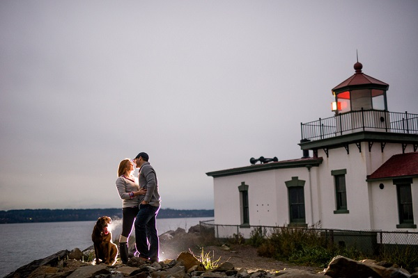© Salt & Pine Photography | dog, engagement session at lighthouse, Seattle-engagement-pictures