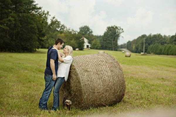 © Andie Freeman Photography  | country-engagement-session-with-dog, GA-lifestyle-pet-photography