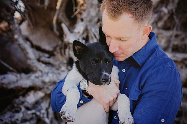 © Brooke Ashley Photography  | lifestyle-family-puppy-photography, Savannah-on-location-dog-portraits, beach puppy. Akita-shepherd mix