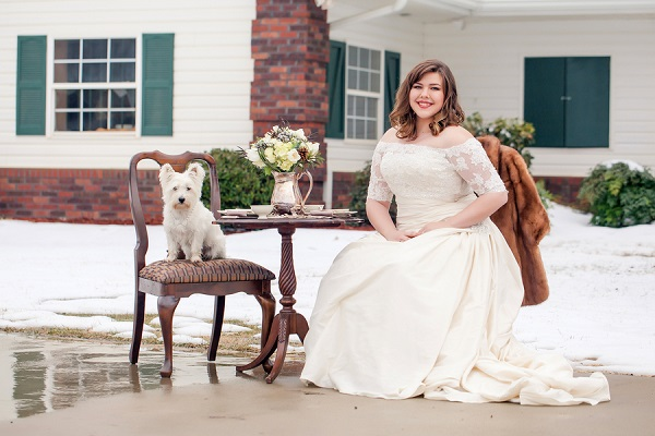 © Casey Hendrickson Photography styled-winter-wedding, dog, best dog