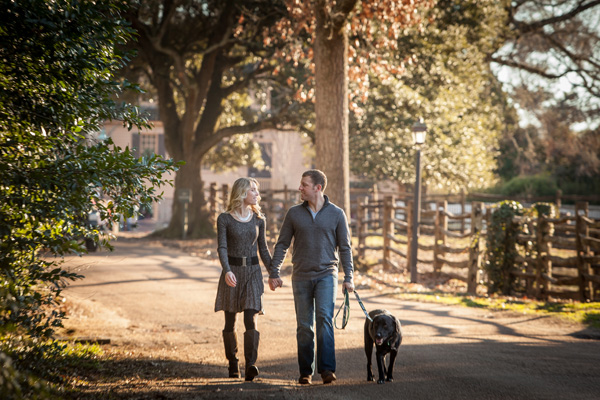 © Imagine It Photography | engagement-photos-dog, Williamsburg-engagement-session-withdog