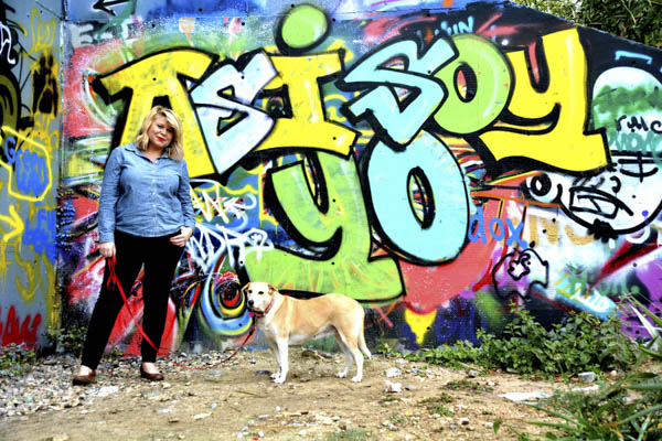 © Simone Epiphany Photography   Austin-pet-photography, graffiti as backdrop for dog photography