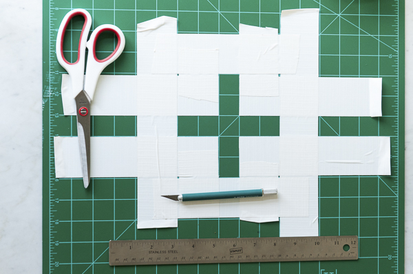 tutorial for first aid kit tote bag, stencil template