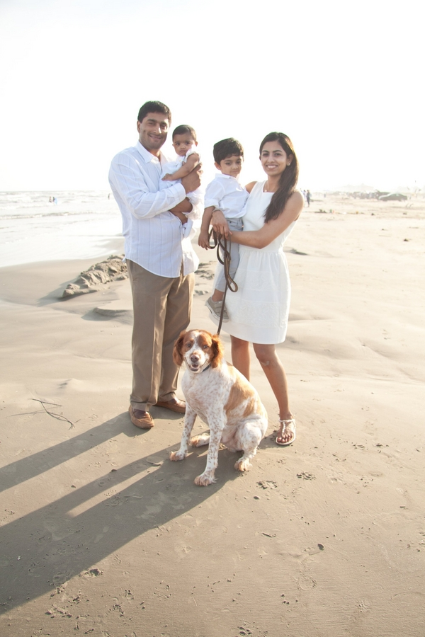© Degrees North Images | dog-family portraits on beach
