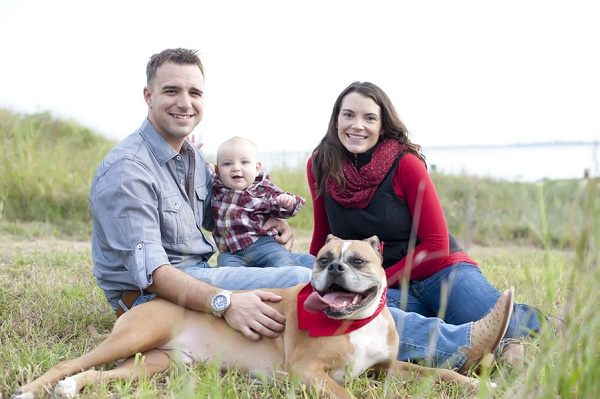 © Lauren Weeks Photography | lifestyle-dog-family-photography, bulldog-mix, Family Holiday Cards with dog