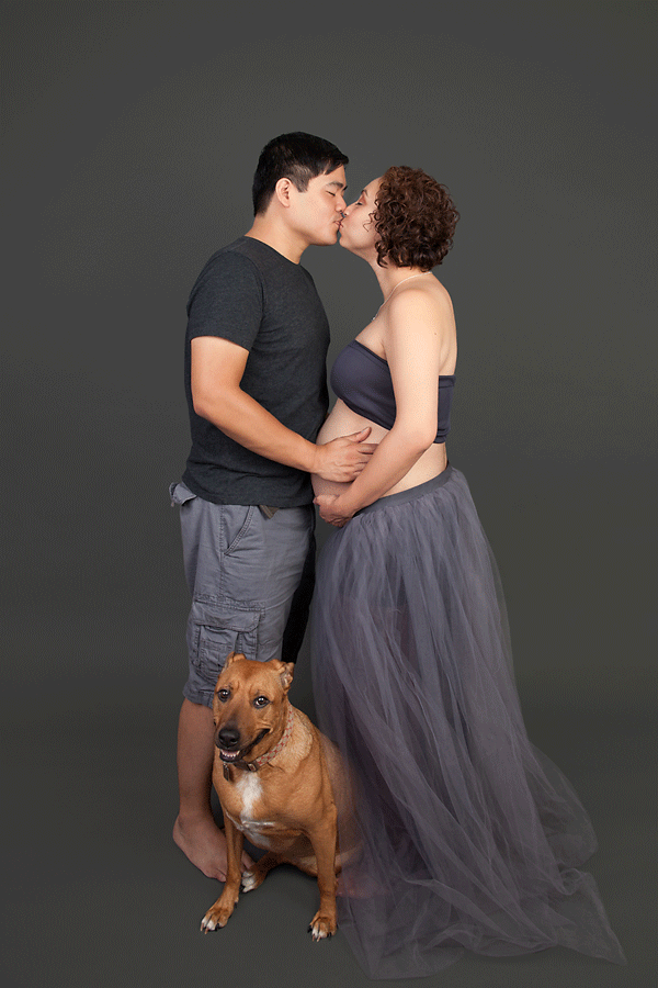 © Cathy Murai Photography | pregnancy photography session with dog