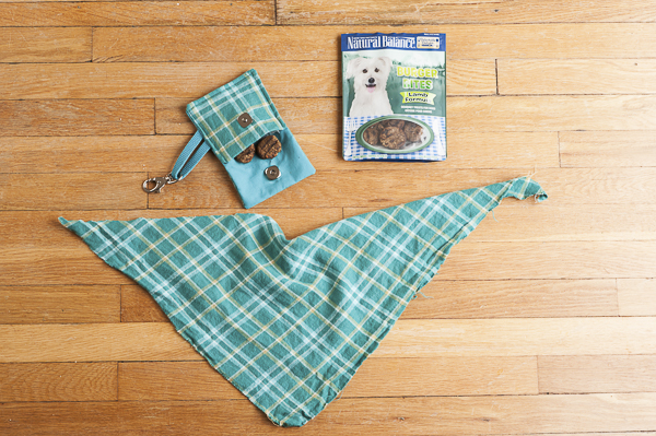 Daily Dog Tag | treat bags for on the go dogs and their humans, mad for plaid banana and treat bag, #NaturalBalance, mini burger treats for dogs