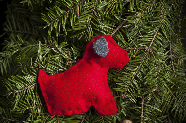 red felt dog ornament, DIY project for dog lovers, diy felt dog ornaments