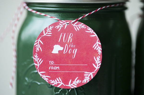 DIY treat jars, red gift tag, green painted jar