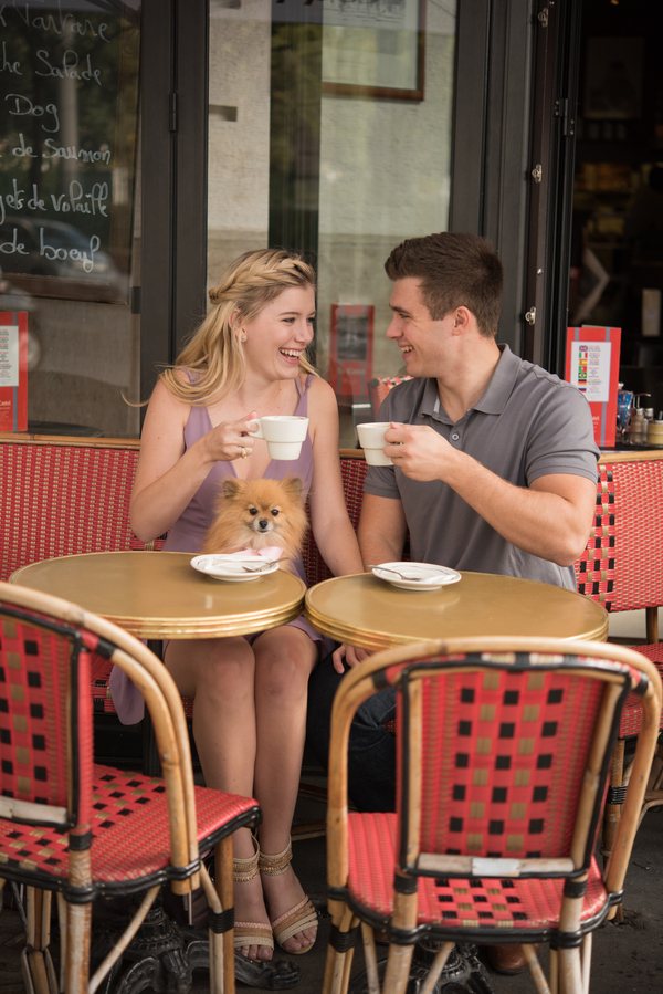 © Pictours Paris, Pomeranian French cafe, engagement photos with dog