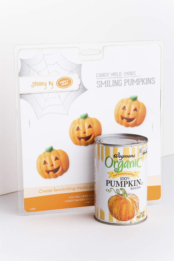 pumpkin-treats-for-dogs, organic pumpkin, pumpkin mold