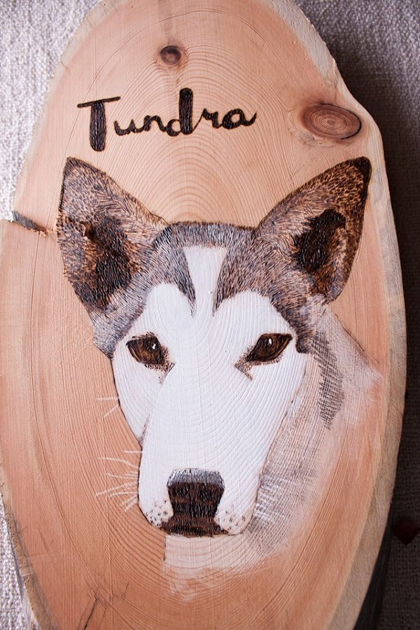 tundrada-pet-portraits-on-wood, sled dog custom portrait