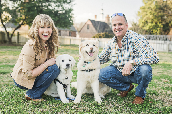 couple and their dogs, family-dog photography