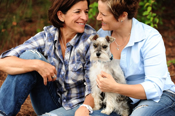 women in love, engagement photos with dog