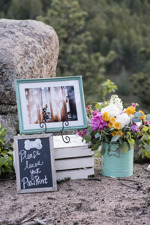 Please leave your paw print sign, dog wedding details