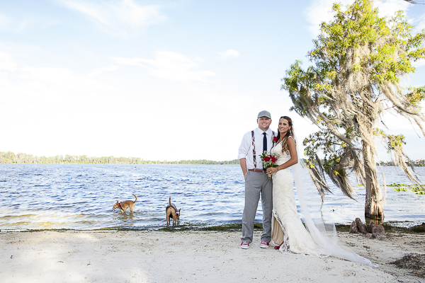 beach wedding photos with dogs