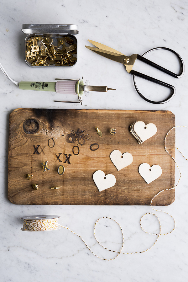 wood burning kit, Valentine's Day gift idea, dogmom   ©Alice G Patterson Photography –  Daily Dog Tag