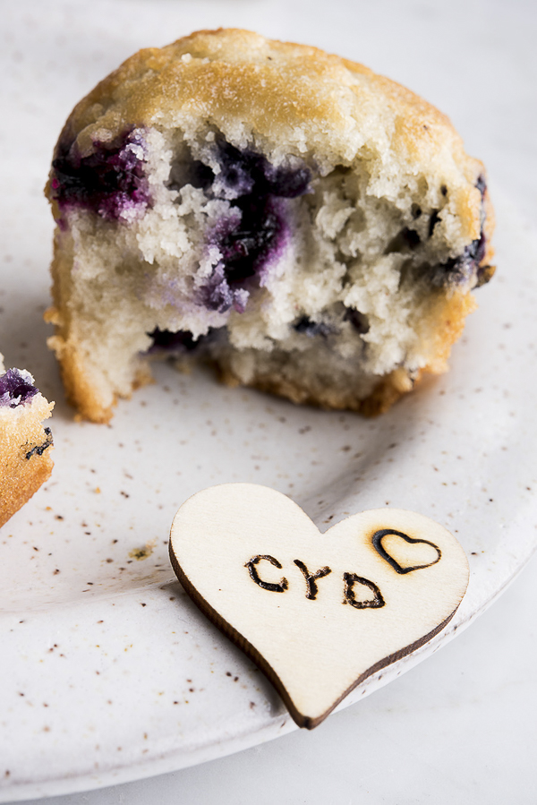 Valentine's Day Ideas, Galentine's Day ideas, blueberry muffin and wooden tag  | ©Alice G Patterson Photography –  Daily Dog Tag