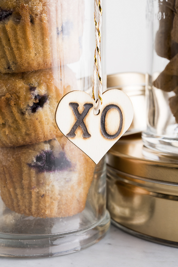 wooden gift tag, wood burned tag, Valentine's Day gift idea for dog mom, dog treats   ©Alice G Patterson Photography –  Daily Dog Tag