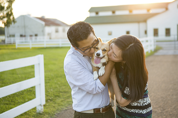 couple kissing dog, lifestyle pet photography