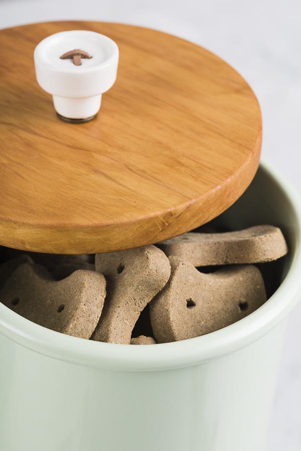 cute button knob on treat jar, ©Alice G Patterson Photography   DIY lid for ceramic treat jar, Supreme Source grain free treats