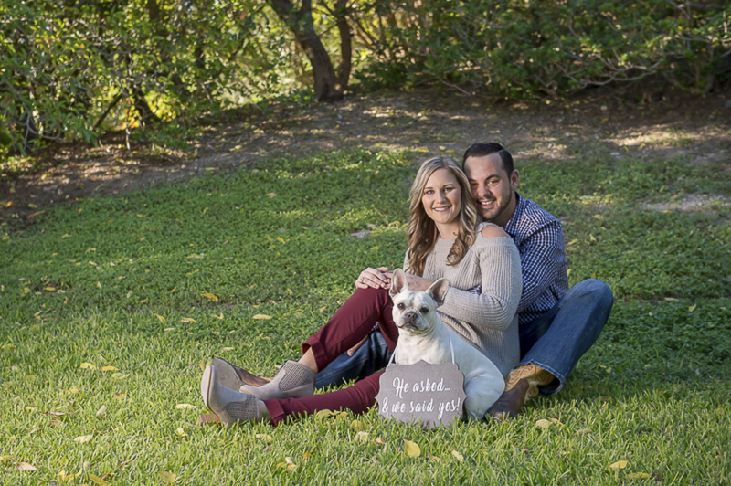 San Antonio engagement photos with a French Bulldog | ©Ata-Girl Photography | dog friendly engagement session