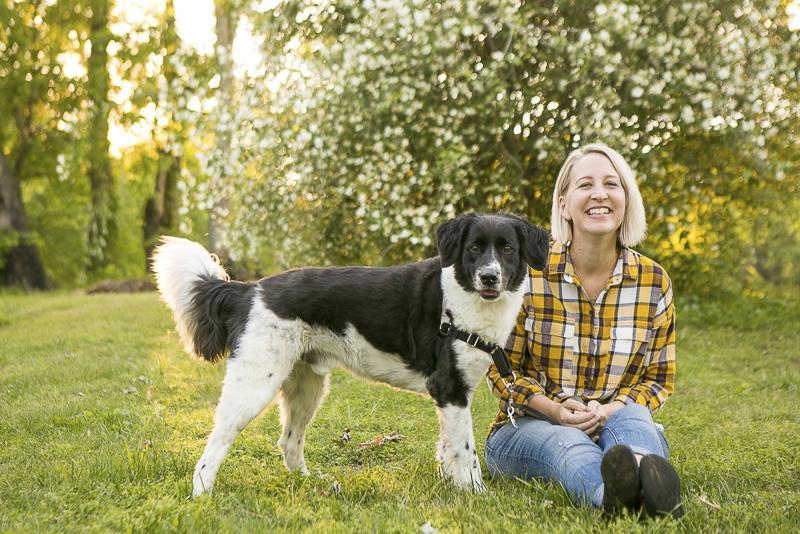 lifestyle dog portraits, black and white mixed breed, ©Mandy Whitley Photography   Nashville pet photography