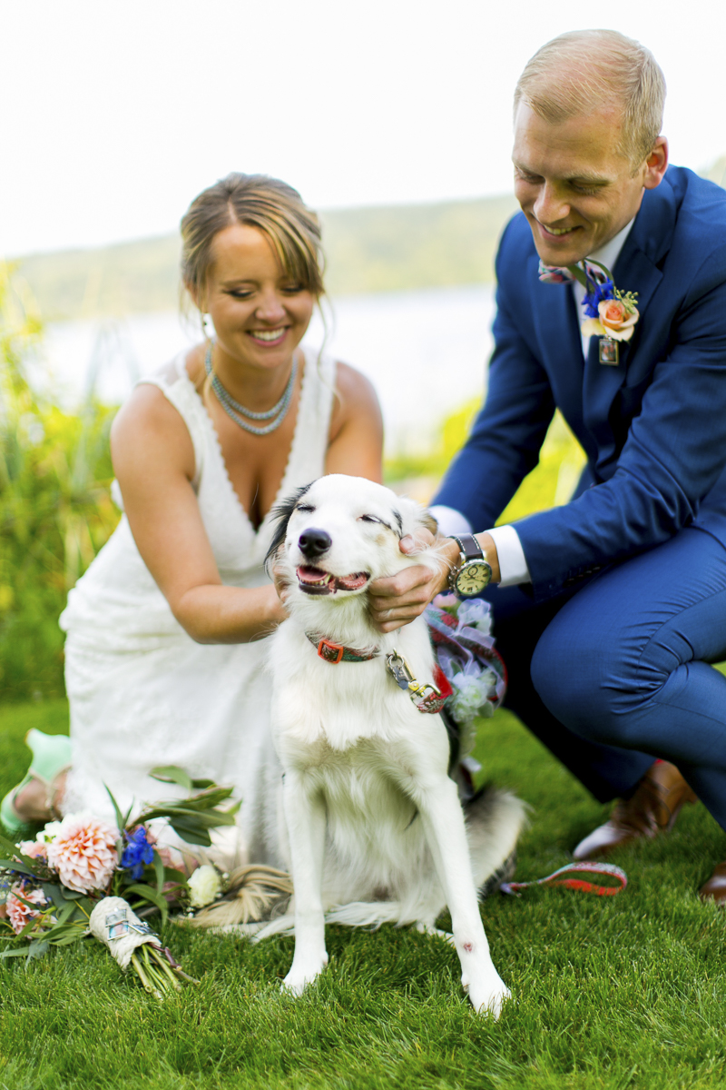 wedding couple and their dog, Border Collie-Australian Shepherd Mix ©Emma Lee Photography | Dogs in weddings