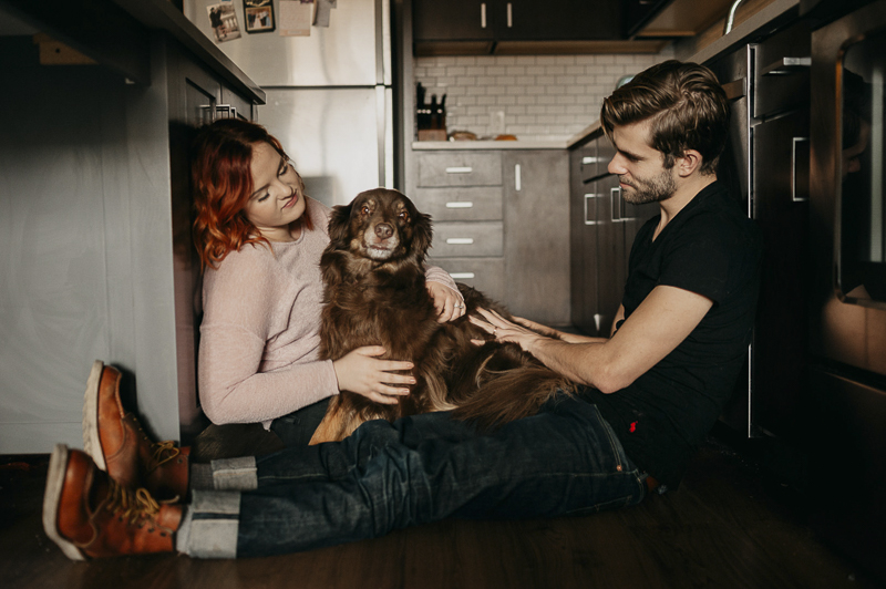 couple and their dog in the kitchen, ©Empiria Studios | lifestyle dog photography