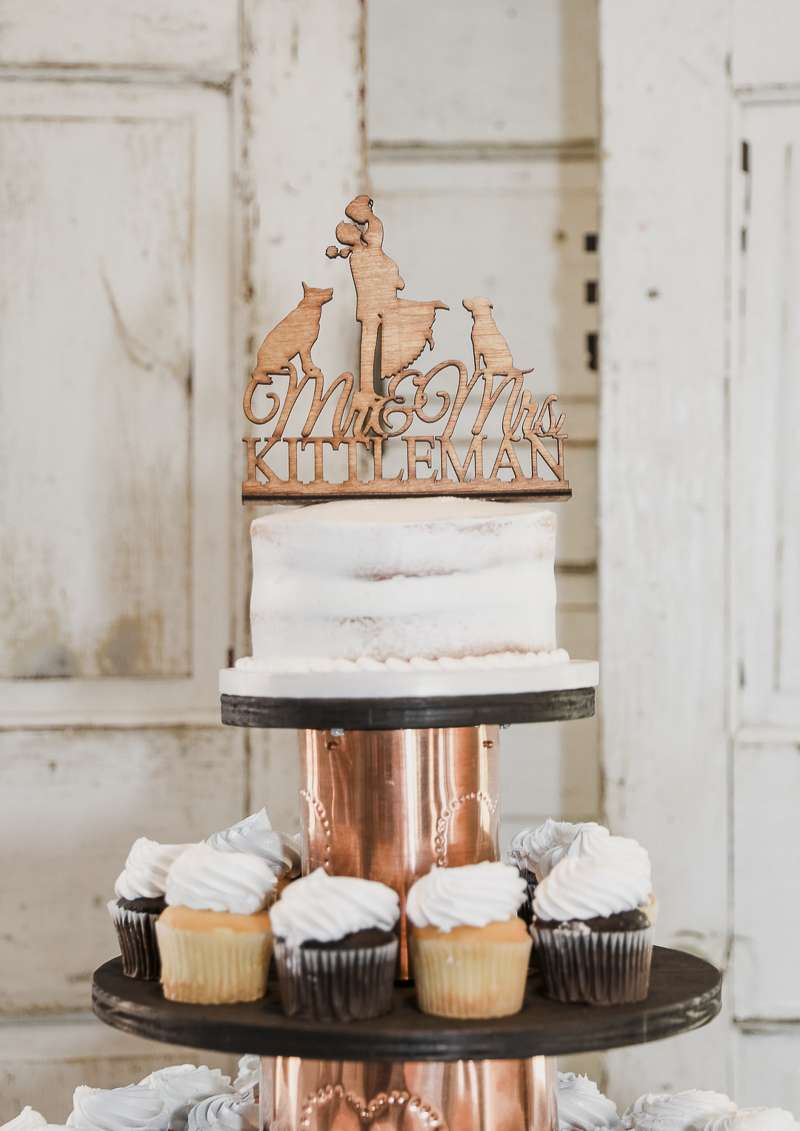 wedding cake topper with dogs | ©Shelby Chante' Photography- Dog Friendly Wedding