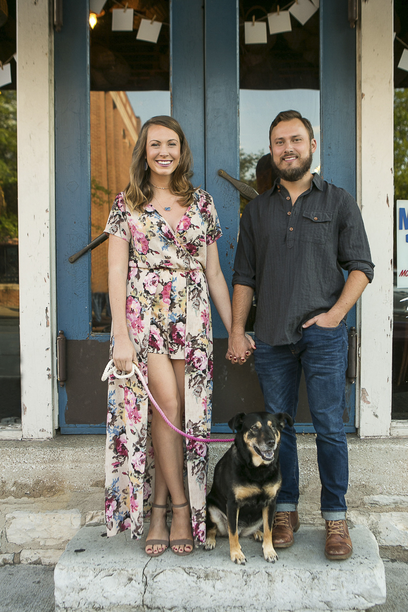 couple and their dog in front of shop, Nashville dog photographer | ©Mandy Whitley Photography