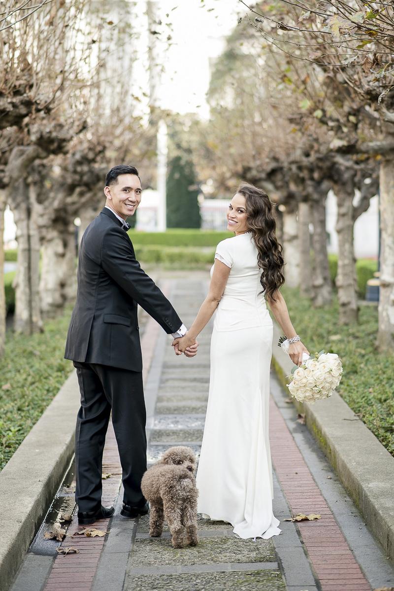 wedding photos with dog, ©Holly D Photography | dog friendly wedding