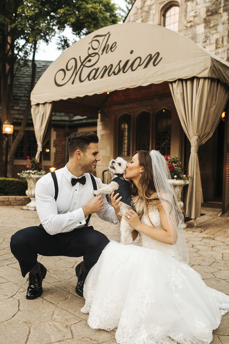 Ways to include dogs in weddngs ©Mioara Dragan Photography dog-friendly wedding