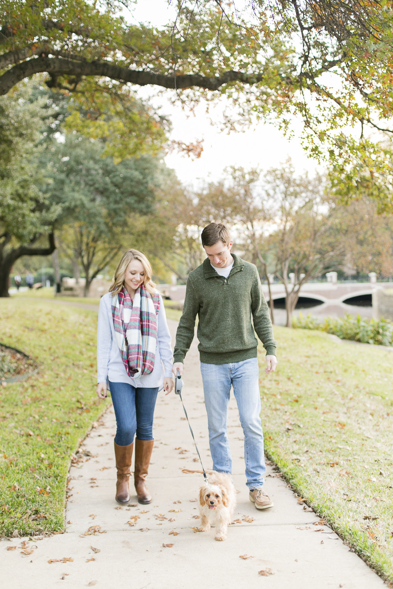 couple walking their dog, lifestyle family photos, ©Abbie Mae Photography