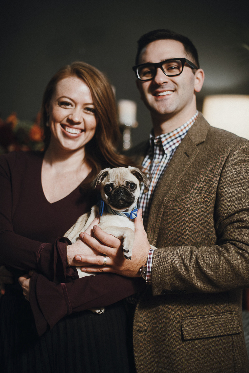 Suzuran Photography | formal family portraits with Pug puppy