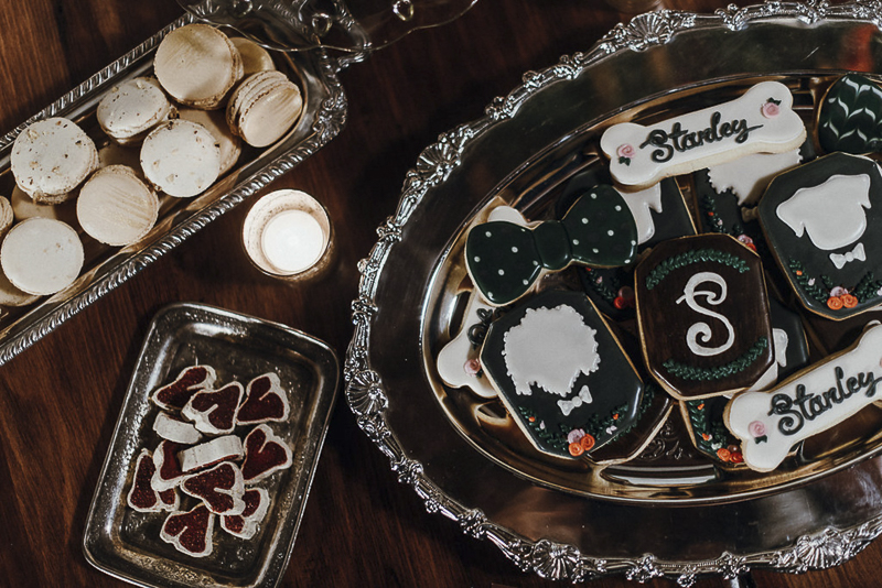 cookies for dog lovers | Sip & See party for puppies | ©Suzuran Photography