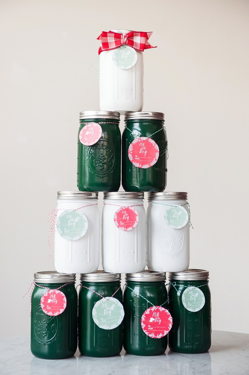 spray painted mason jars, treat jars, last minute gift ideas| ©Alice G Patterson Photograph, gifts for the dog obsessed