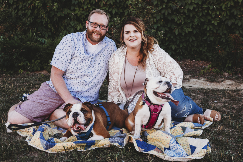 Wentzville, MO dog-friendly family portraits, ©Irish Eyes Photography