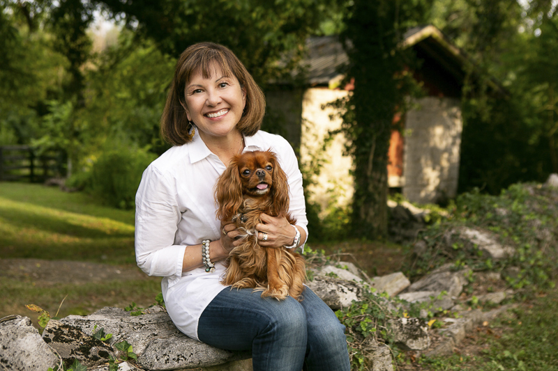 outdoor portrait photography, woman and her dog, ©Mandy Whitley Photography, ideas for dog photography