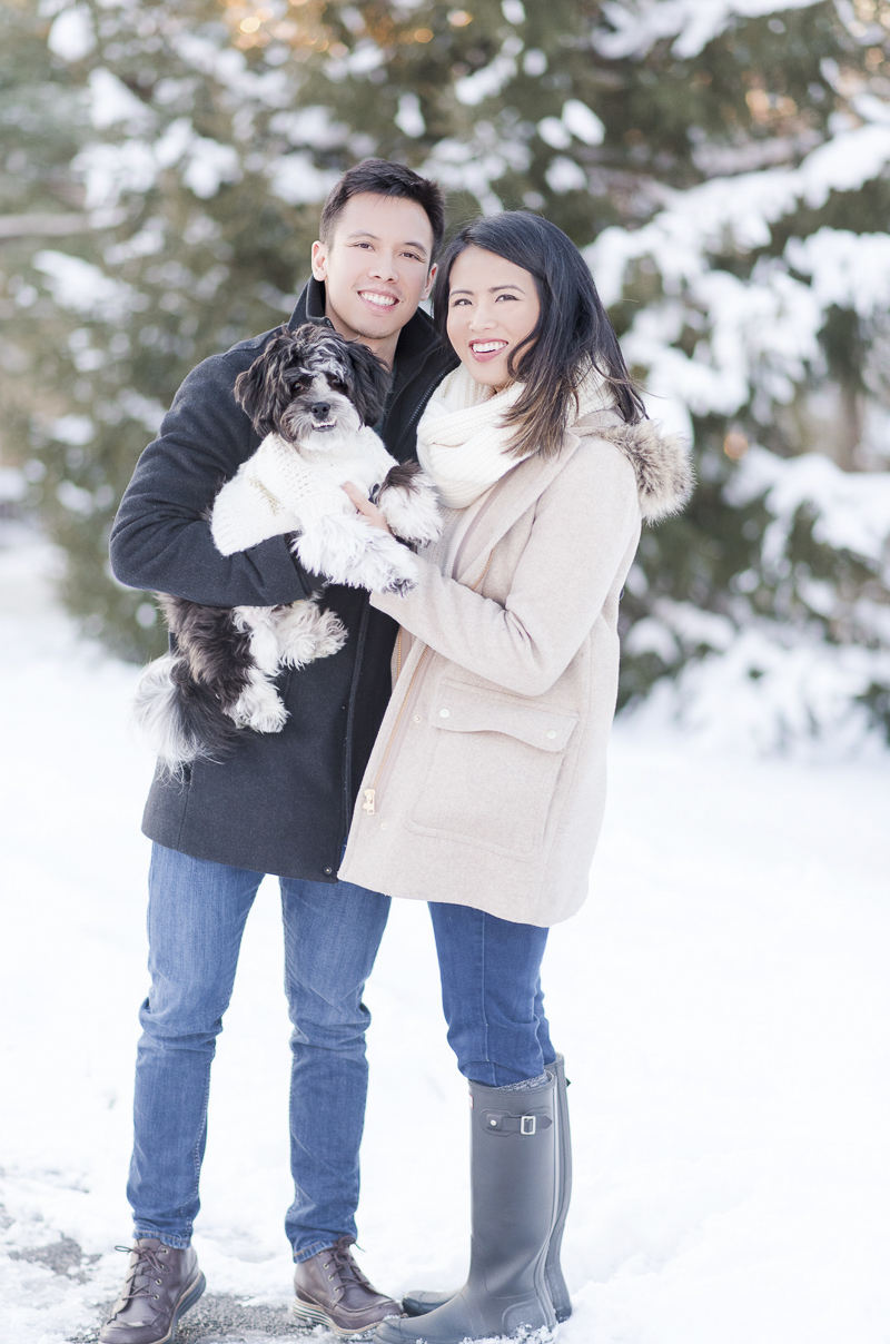 ©Rebecca Sigety Photography | winter engagement session, ways to include your dog in engagement photos