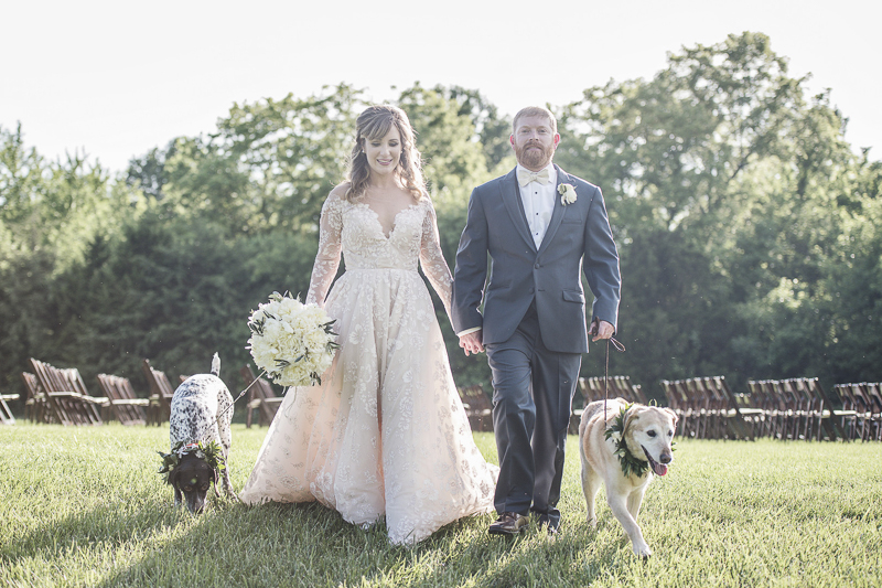 bride and groom with dogs | © epagaFOTO | dog-friendly wedding, Buffalo Lodge. Kansas City